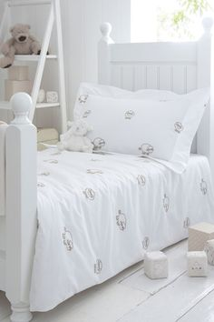 Counting Sheep - Kids' Bedroom Ideas - Childrens Room, Furniture, Decorating (houseandgarden.co.uk)