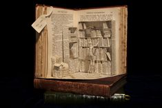 Emma Taylor, Book Sculpture 06   12 Amazing Works Of Art Made From Books