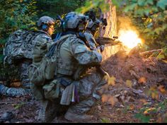 Green Berets from the 3rd Special Forces Group (Airborne) during a training exercise at Fort Pickett, Virginia on September 21, 2015.