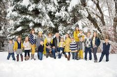 to dress for family photos with over 100 ideas in all colors, Picture Clothes by Color Series-Yellow. Capturing-How to dress for family photos with over 100 ideas in all colors, Picture Clothes by Color Series-Yellow. Extended Family Photos, Winter Family Photos, Snow Family Pictures, Family Pics, Large Group Photos, Family Family, Family Photo Sessions, Family Posing, Family Portraits
