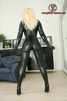 Leatherfetish24