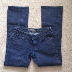 """Express Stella Boot Cut Jeans Size 2R 2x31"""" One Pair of : Womens Juniors Express Stella Boot Cut Jeans Size 2R 2x31"""" Dark Blue Wash. 98% cotton 2% spandex. Excellent condition. Barely worn. Express Jeans Boot Cut"""