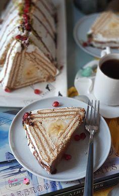 leckere kuchen Muzlu biskvili piramit pasta, yapm kolay grnts ve lezzeti harika bir pasta. Easy Casserole Recipes, Sweet Potato Casserole, Pie Recipes, Pasta Recipes, Dessert Recipes, Baked Fish Fillet, Homemade Cornbread, Recipe Mix, Homemade Chocolate