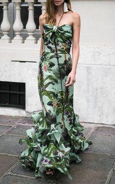 Bahia Malaga Silk Organza Skirt by Johanna Ortiz Honeymoon Attire, Evening Dresses, Summer Dresses, Tropical Dress, Glam Dresses, Glamour, Vacation Dresses, Dress Making, Dress To Impress