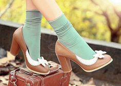 Brown pu leather vintage style women's shoe