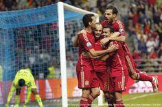 AKARPADINEWS.COM | TIM Matador, Spanyol, berambisi mempertahankan stratanya sebagai tim sepakbola yang disegani di Eropa. Dengan dihiasi pemain-pemain utama di klub-klub terkemuka di dunia itu, Matador siap menaklukan kebuasan