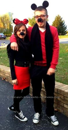 Mickey and Minnie Mouse Costume for a Couple... This website is the Pinterest of costumes