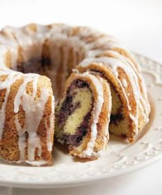 Mustikka-tiikerikakku | K-ruoka #kahvikakku I Love Food, Good Food, Marble Cake, Something Sweet, No Bake Cake, Food And Drink, Snacks, Eat, Cooking