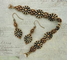 Crafts, beading, greeting cards, digital graphics, tutorials and more. Diy Jewelry Necklace, Seed Bead Bracelets, Seed Bead Jewelry, Seed Bead Earrings, Chain Earrings, Beaded Jewelry, Seed Beads, Jewellery, Bracelets