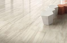 #Emilceramica #Petrified Tree White Lion Core Lappato 44,4x89 cm 938D0P | #Gres #legno #44,4x89 | su #casaebagno.it a 71 Euro/mq | #piastrelle #ceramica #pavimento #rivestimento #bagno #cucina #esterno