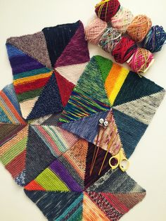 Ravelry: Pinwheel Scrap Blanket by Mina Philipp