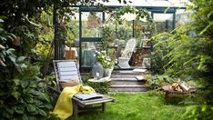 hage med drivhus – Google Søk Gazebo, Pergola, Decoration Christmas, Outdoor Furniture, Outdoor Decor, Garden Art, Home Decor, Gardens, Indoor Plants