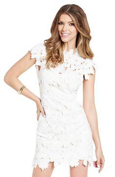 DailyLook: Dolce Vita Jayleen Dress in White XS - L