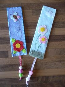 Felt bookmarks Diy Bookmarks, Crochet Bookmarks, Fabric Crafts, Sewing Crafts, Sewing Projects, Felt Bookmark, Felt Books, Book Markers, Felt Decorations