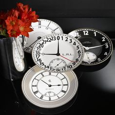 Ralph Lauren Clock Plates~Great for New Year's Eve!    also use Dollar store plates and use markers to paint clock face