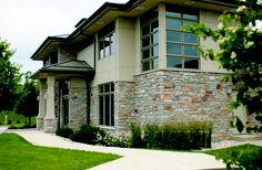 Maple Ridge Natural Stone Veneer, Natural Stones, Garage Doors, Mansions, House Styles, Outdoor Decor, House Ideas, Home Decor, Natural Stone Cladding