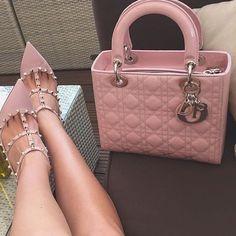 Lady Dior and Valentino Rockstuds Dior Handbags, Cute Handbags, Fashion Handbags, Purses And Handbags, Fashion Bags, Pink Fashion, Fashion Heels, Fashion Backpack, Women's Fashion