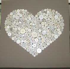 Find images and videos about canvas, home deco and art painting diy heart on We Heart It - the app to get lost in what you love. Fun Crafts, Diy And Crafts, Crafts For Kids, Arts And Crafts, Diy Wall Art, Diy Art, Diy Buttons, Diy Canvas, Button Art On Canvas