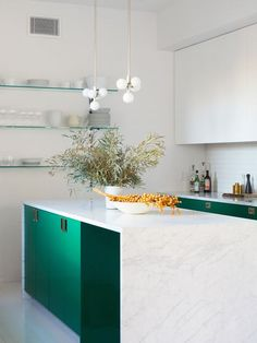 You Need to See These Dramatic Waterfall Countertops