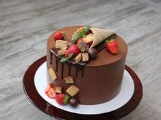 Order fresh fruit cake to give taste of fruits to your beloved ones on their special occasion. See varieties of fruit cake at online. Birthday Cake Decorating, Cake Decorating Tips, Cupcakes, Cupcake Cakes, Zumbo Desserts, Chocolate Cake Designs, Fresh Fruit Cake, Pastry Design, Barbie Cake