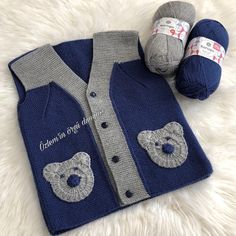 No photo description available. Baby Boy Knitting Patterns, Baby Patterns, Knit Patterns, Free Knitting, Crochet Baby, Knit Crochet, Knit Vest Pattern, Baby Vest, Baby Sweaters