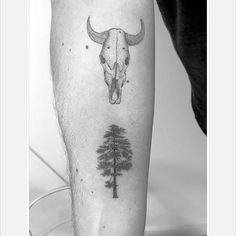 Skull and tree... #singleneedle #skull #tree #treetattoo #cowskull #pinetree #blackinktattoo #fineline #finelinetattoo #tattoo #tattoosofinstagram