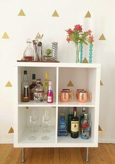DIY bar cart & gold triangle decals | amomentofmadness.com