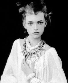 Model |Gemma Ward|VogueItaliaMarch 2004 #fashion #photography