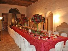 Cena di gala a Villa Rota.  Gran Galà dinner.  #grangala #sposi #villarota #ravenna #eventplanner #event #interior #rooms #allestimento