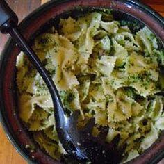 Basilikum Pesto @ de.allrecipes.com