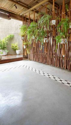 Rooftop Terrace Design, Terrace Floor, Garden Floor, Cement Garden, Concrete Patio, Concrete Floors, Outdoor Tiles, Outdoor Areas, Garden Arch Trellis