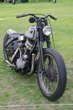 Bobber Inspiration | Panhead bobber | Bobbers and Custom Motorcycles
