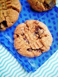Peanut Butter Chocolate Chunk Cookies (GF/DF)