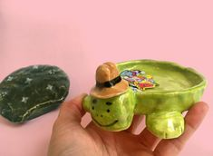 "natalikoromotoart: "" The new ceramics are up! Ceramic Clay, Ceramic Pottery, Pottery Art, Clay Art Projects, Ceramics Projects, Polymer Clay Crafts, Diy Clay, Cute Clay, Sculpture Clay"