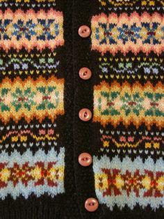 The colours!Just Call Me Ruby: Fair Isle Weekenders! Fair Isle Chart, Fair Isle Pattern, Knitting Charts, Knitting Patterns, Sock Knitting, Free Knitting, Knitting Projects, Crochet Projects, Knitting Tutorials