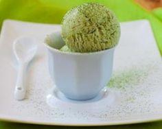 Glace légère au thé vert : http://www.fourchette-et-bikini.fr/recettes/recettes-minceur/glace-legere-au-vert.html