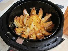 Nothin' Fancy: Air Fyer Blooming Onion With Dipping Sauce -- 5 Smart Points, air fryer recipe paleo dinner instant pot Air Fryer Oven Recipes, Air Frier Recipes, Phillips Air Fryer, Nuwave Air Fryer, Dry Fryer, Blooming Onion Recipes, Cooks Air Fryer, Actifry Recipes, Air Fried Food