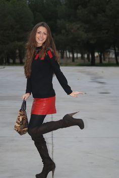 Over the knee boots - No heels - No party | by Paula García