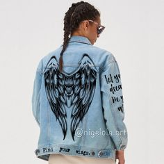Painted Denim Jacket, Painted Jeans, Painted Clothes, Hand Painted, Custom Denim Jackets, Moda Vintage, Light Jacket, Custom Clothes, Jean Skirts