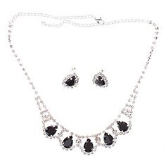 The Teardrop-shaped Diamond Plating Silver Earrings Necklace Suits