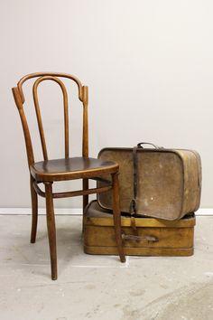 Inspiroivaa alkanutta vuotta! | Local Artisan Dining Chairs, Artisan, Furniture, Home Decor, Decoration Home, Room Decor, Dining Chair, Craftsman, Home Furnishings