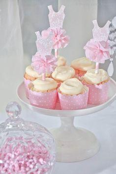 pink ballerina birthday cupcakes