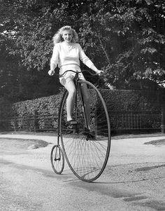 i'm thinking it probably takes mad skills to ride a penny farthing
