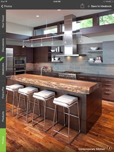 A collection of 17 extraordinary contemporary kitchen designs with an aim to help you choose the best fitting kitchen design for your contemporary home. New Kitchen, Kitchen Dining, Kitchen Decor, Kitchen Ideas, Rustic Kitchen, Küchen Design, House Design, Design Ideas, Contemporary Kitchen Design