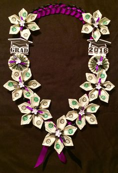 Get The Most Out Of Your Christmas Corporate Gifts – Gift Ideas Anywhere Diy Graduation Gifts, Graduation Leis, Graduation Decorations, Origami Lucky Star, Ribbon Lei, Diy Ribbon, Ribbon Crafts, Diy Crafts, Money Necklace