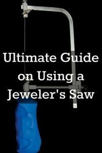 You'll love these 10 tips on using a jeweler's saw, plus how to install saw blades! #jewelrymaking #metalsmithing #diyjewelry #JewelryTips