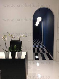 Parchet lucios pentru interioare elegante - Lady Butterfly Dreams Bathroom Lighting, Flooring, Mirror, House, Super, Furniture, Design, Home Decor, Ideas