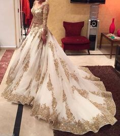 Cinderella Two Pieces Wedding Dress Arabic Ball Gown Gold Lace Beads Luxury V Neck 3/4 Long Sleeves Chapel Train Vintage Bridal Dresses 2015 from Honeywedding,$242.94 | DHgate.com