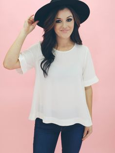 Short Sleeve Flowy Top   LUXCLOTHING