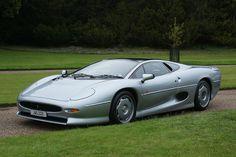 Jaguar XJ220. I work on this project #FEA #Design - LGMSports.com